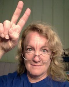 me-fingers-peace
